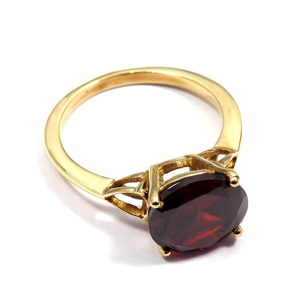 Hydro Glass - H CBR965 - Red Hydro Glass Cut Stone Brass Gold Plated Casting Ring