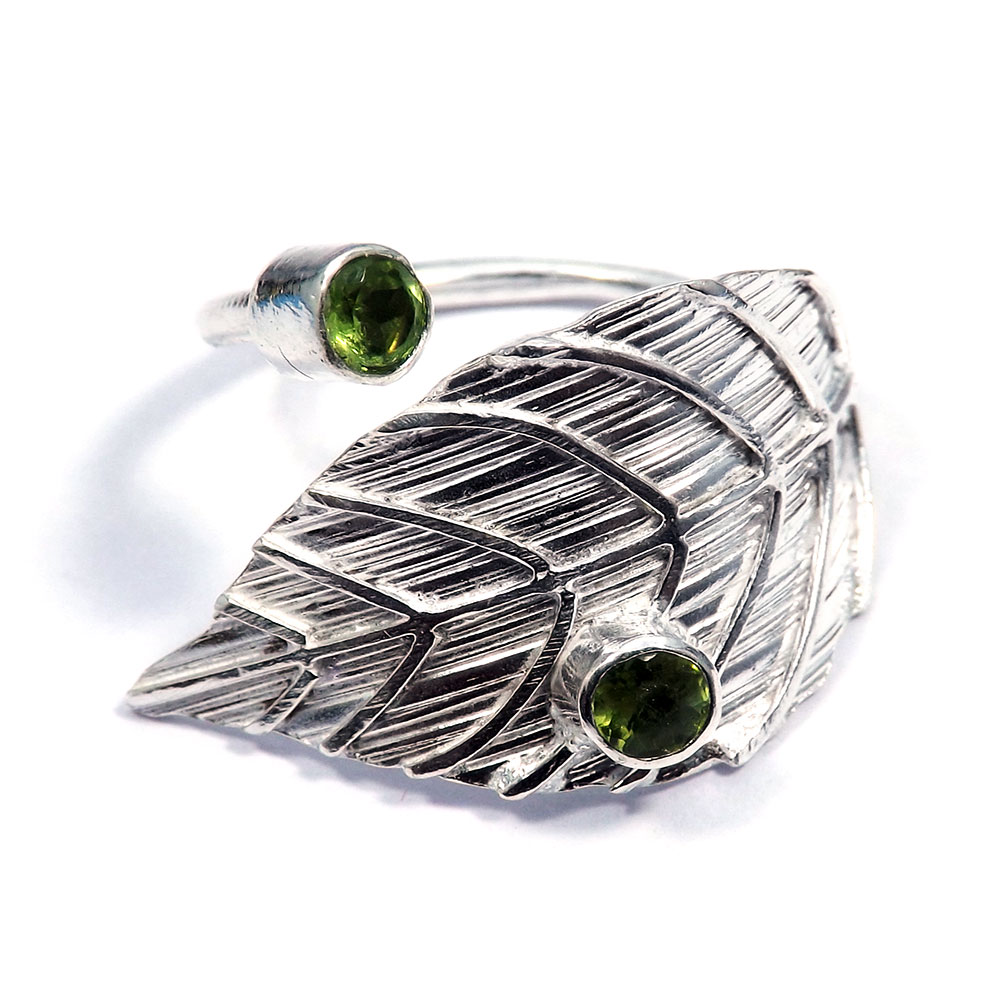 Peridot Cut - O HR975 - Indian Company Made Brass Silver Plated Leaf Design Adjustable Ring