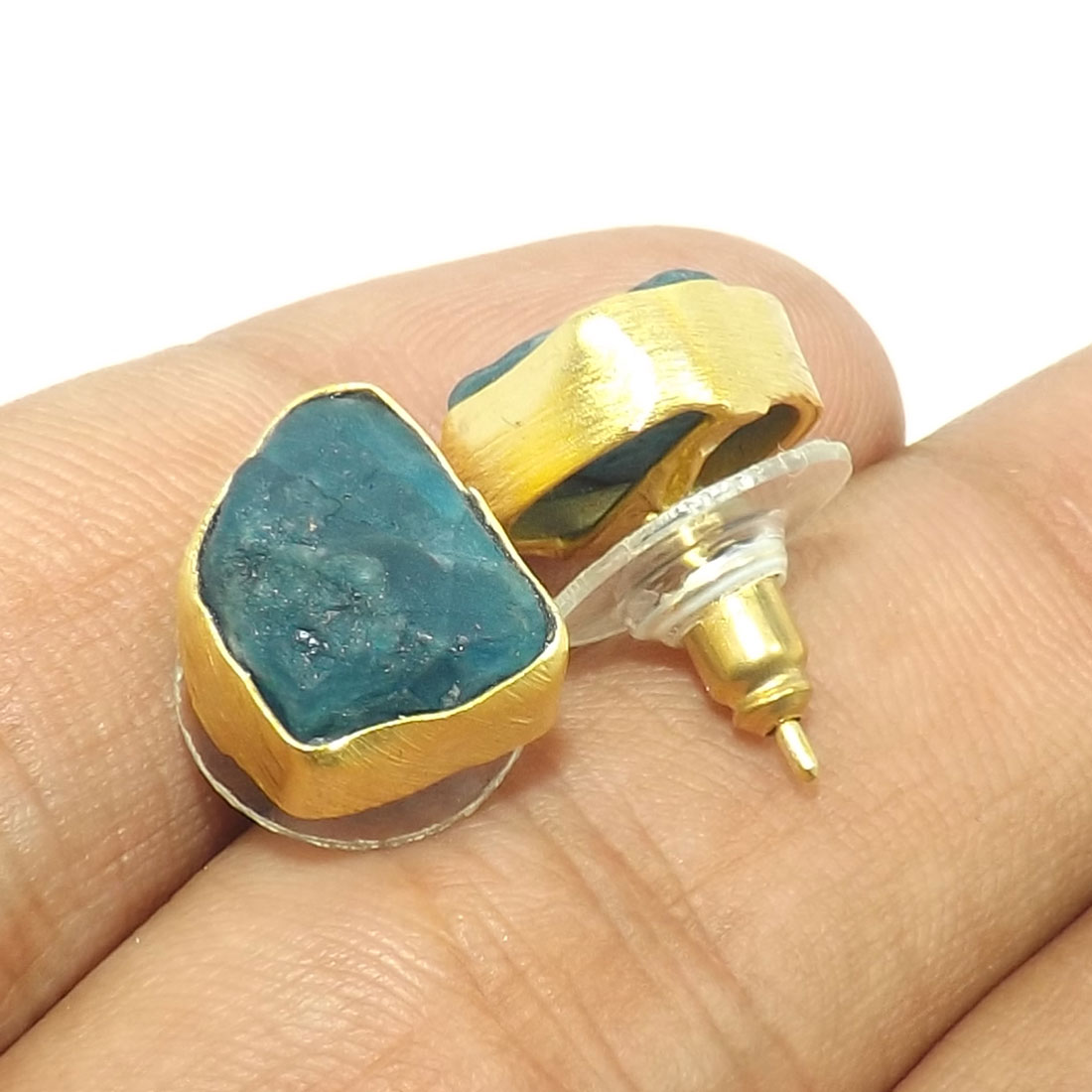 Apatite Rough G - STD974-Indian Factory Handmade Design Gorgeous Rough Brass Stud
